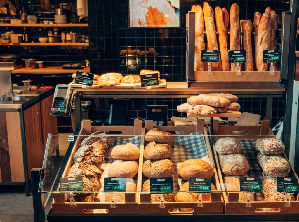 Comptoir viennoiseries boulangerie